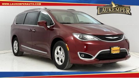 New Chrysler Pacifica Hybrid Touring L